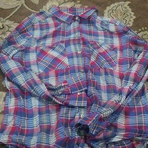 American eagle shirt **5 for 25 bundle**